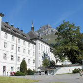 Kloster Engelberg (Margrit Siegrist)<div class='url' style='display:none;'>/</div><div class='dom' style='display:none;'>kath-arth.ch/</div><div class='aid' style='display:none;'>182</div><div class='bid' style='display:none;'>1251</div><div class='usr' style='display:none;'>3</div>